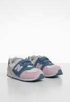 New Balance  - Infants 574 classic runner - pink & blue