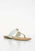 Call It Spring - Packardii sandal - white