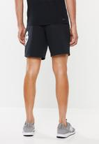 New Balance  - Tenacity fleece short - black