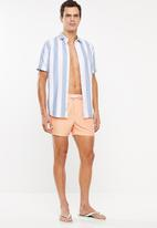 Cotton On - Swim shorts - orange
