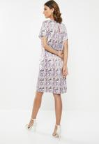 edit - Sleeved shift dress - multi