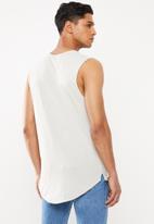 Cotton On - Chest stripe long curve hem muscle - neutral
