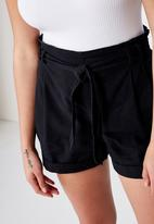 Cotton On - Riley high waist short - black