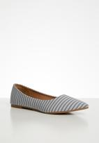 Cotton On - Primo point - grey & white