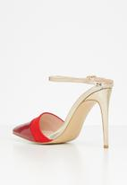 Miss Black - Rex heel - red & gold