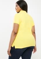 POLO - Plus size margot stretch golfer - yellow