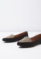 Cotton On - Peta point loafer - black