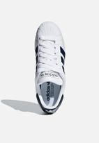 adidas Originals - Superstar - cloud white / collegiate navy