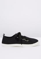 Cotton On - Penelope lace up plimsoll - black
