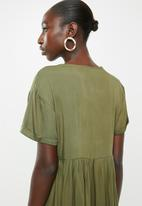 Superbalist - Babydoll dress - green