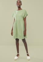 Superbalist - Knit babydoll dress - green