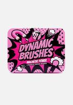 W7 Cosmetics - Dynamic brushes