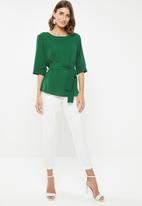 edit - Belted tunic with 3/4 sleeves - green