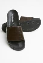 STYLE REPUBLIC - Texture leather slider sandals - brown