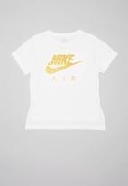 Nike - Nkg nike air boxy tee - white
