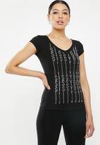 Sissy Boy - Melia: v-neck logo tee with bling trim - black