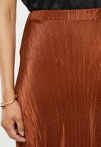 Missguided - Plisse a-line midi skirt - rust