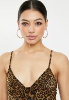 Missguided - Slinky leopard print cami bodysuit - brown