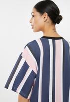 Missguided - Oversized short sleeve T-shirt dress stripe - multi