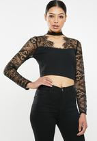 Missguided - Eyelash lace panel crop top - black