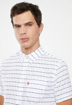 Levi's® - Classic one pocket short sleeve shirt - white & blue