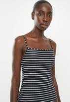 Cotton On - Refined strap tankini swim top - black & white