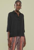 Superbalist - Notch neck shirt - black