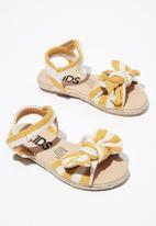 Cotton On - Bow espradrille sandal - yellow & white