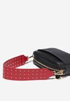 Cotton On - Rock it short bag strap - red