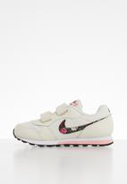 Nike - Md runner 2 - pale ivory & black