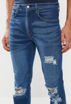 Levi's® - 502 Regular taper cedar jeans - blue