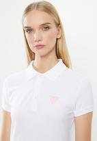 GUESS - Classic guess golfer - white