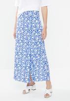 Superbalist - Maxi slip skirt with slit detail -  blue & white