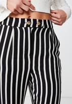 Cotton On - Ava tapered pant  - black & white