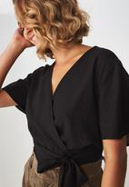 Cotton On - Carmel wrap top  - black
