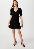 Cotton On - Woven Stella shirred mini dress - black
