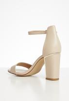 ALDO - Craolian faux leather block heel - neutral