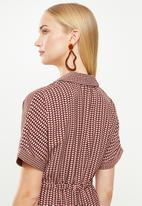 Vero Moda - Arie short wrap dress - multi