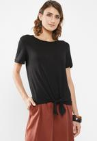 edit - Knot front tee - black