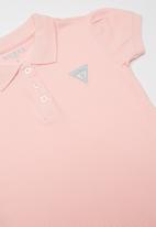 GUESS - Short sleeve classic guess polo - pink