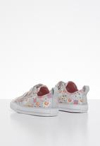 Converse - Chuck Taylor All Star 2v llama - multi