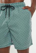 Cotton On - Ditsy hoff short - green