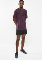 Under Armour - Wordmark shoulder short sleeve tee - purple