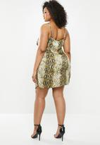 Missguided - Curve twist front snake print cami dress - khaki & neutral