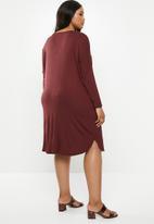 edit Plus - Pocket tee dress - burgundy
