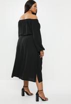 Superbalist - Off the shoulder maxi dress - black