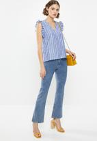 Vero Moda - Lynn frill top - blue and white