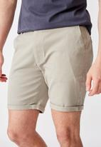 Factorie - Twill tapered short - grey