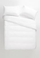 Sheraton Textiles - 100% Linen duvet cover set - white