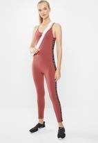 Nike - Womens Nike Air long bodysuit - burgundy